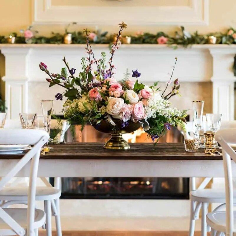 Dynamic Floral Arrangements