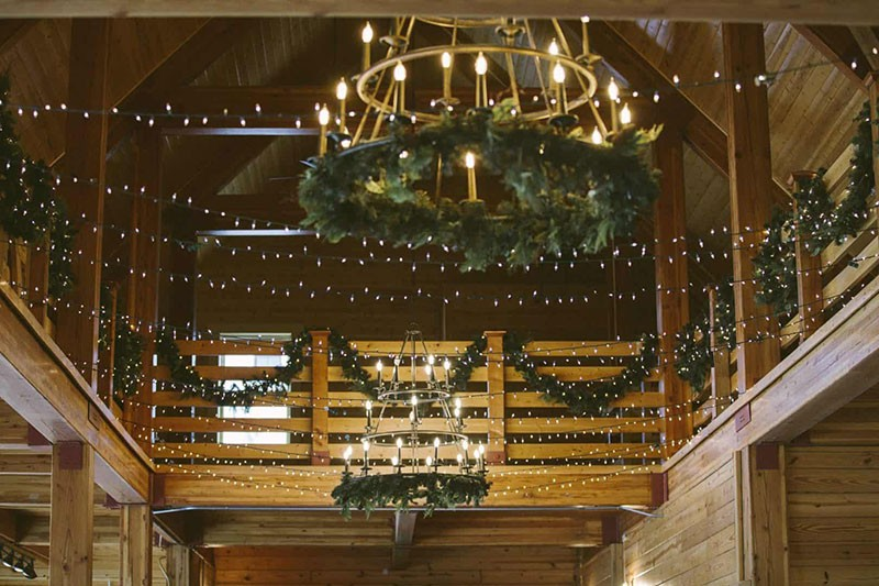 A-Glittery-Winter-Wedding-3